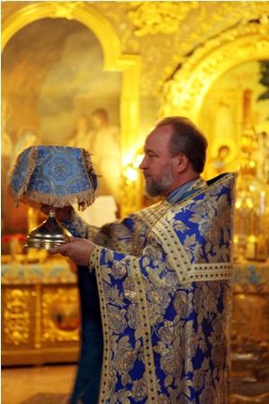 """Праздник в честь иконы """"Всех скорбящих Радость"""""""
