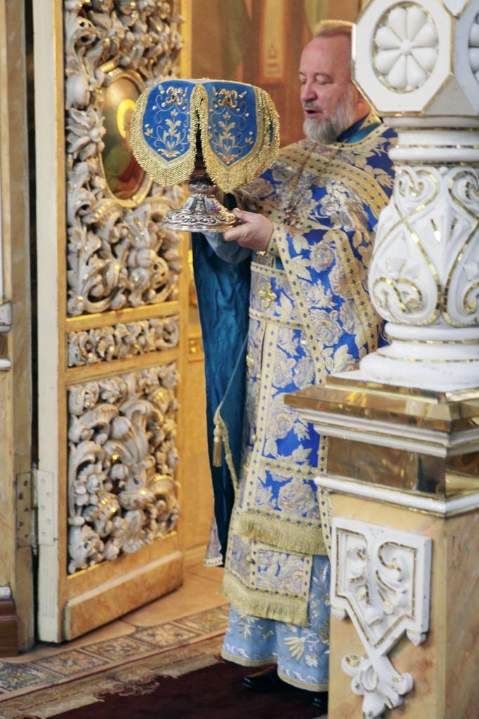 Праздник введения во храм пресвятой Богородицы. Фото