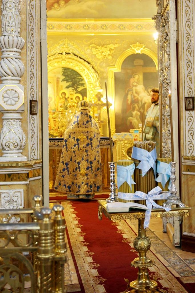 В день праздника Сретения в нашем храме освящались свечи