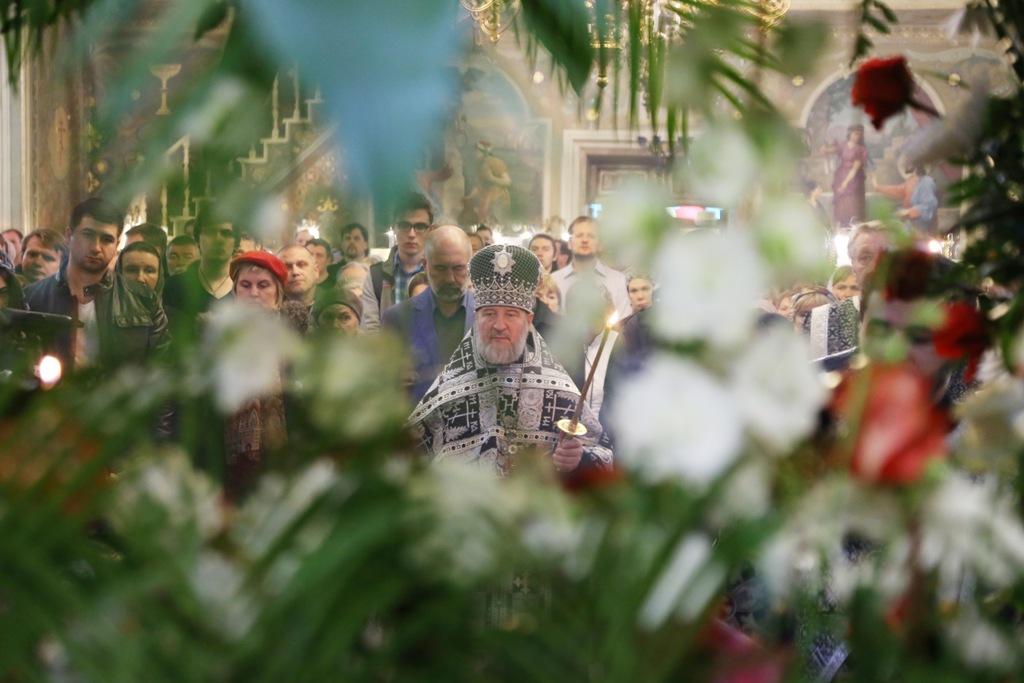Утреня с чином Погребения