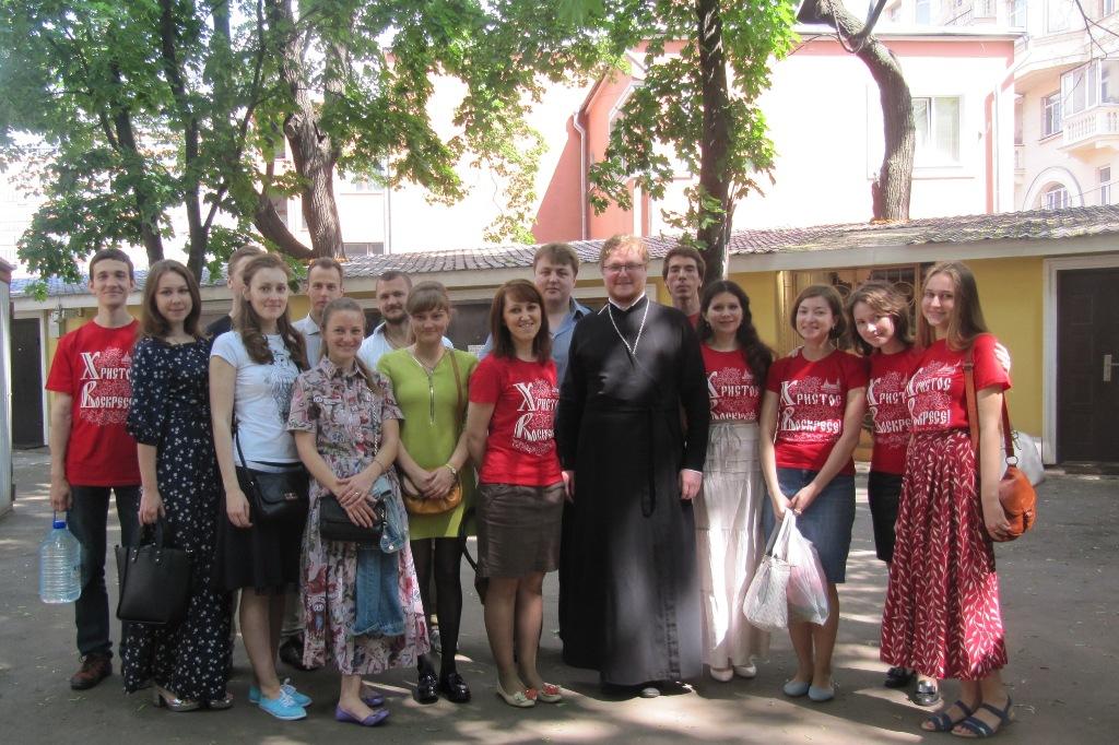 Молодежная группа «Лествица»