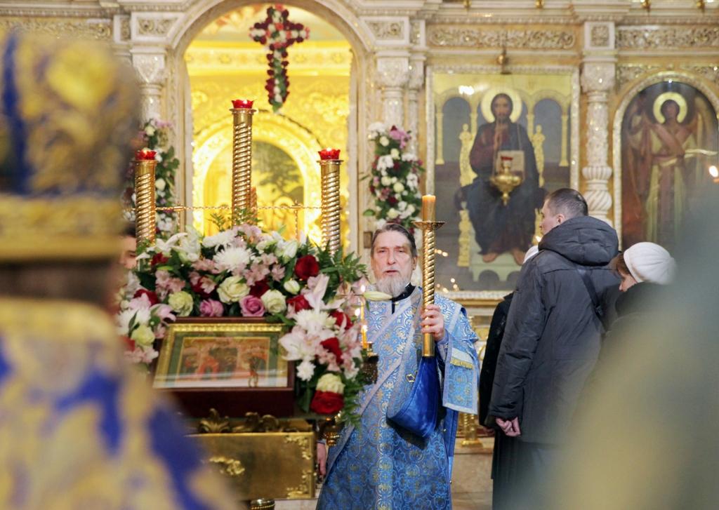Праздник святых  Симеона и Анны. Всенощное бдение