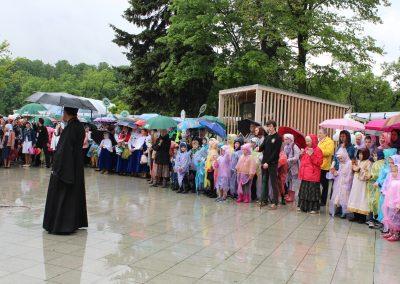 Наш храм принял участие в общегородской благотворительной акции «Белый цветок»
