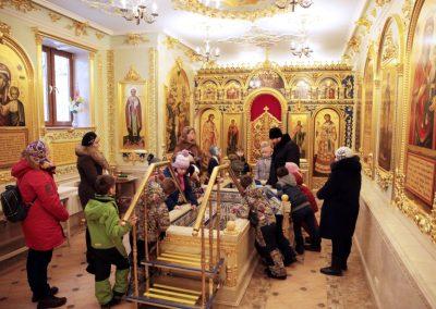 В нашем храме прошла экскурсия для младших школьников