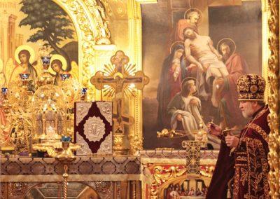 Крестопоклонная неделя. Вынос Креста (фото)
