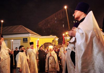 Великая суббота. Освящение куличей и крестный ход