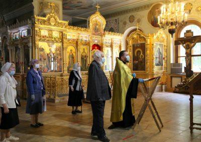 Участники семейных клубов трезвости и прихожане храма совместно помолились  в день памяти свщмч. Иоанна Восторгова
